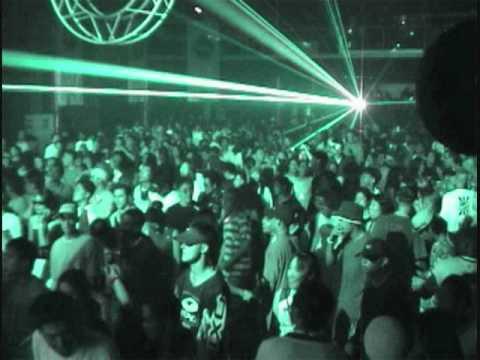 DJ Vitamin The Strobe