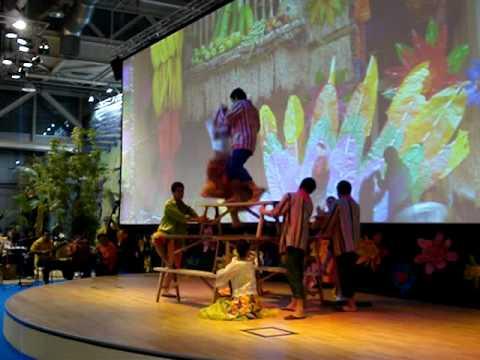 PHILIPPINE FOLK DANCE  - The Philippine Bayanihan Dance Company