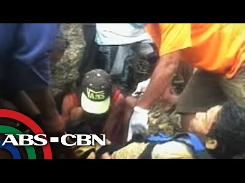 TV Patrol: 3 treasure hunters, patay nang ma-trap sa hukay