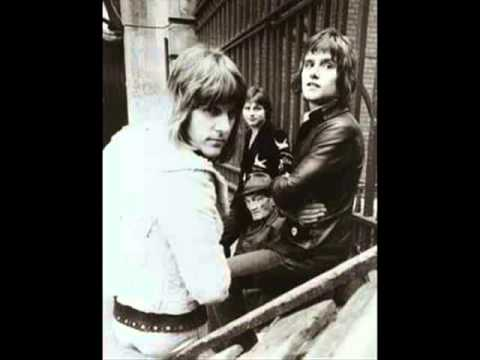 Emerson Lake Palmer - Burning Bridges