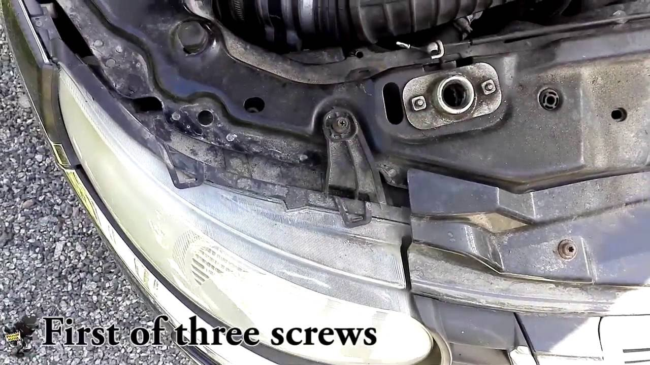 DIY Removing Headlight Saab 9-5 2.0T - YouTube