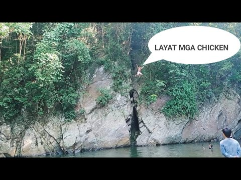 CLIFF DIVING AT