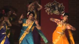 Dhona Dhanne Dance Performance