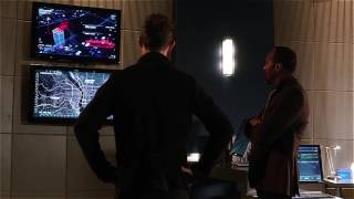 The Flash 3x03 Part 10 Jessie helps Barry with magenta