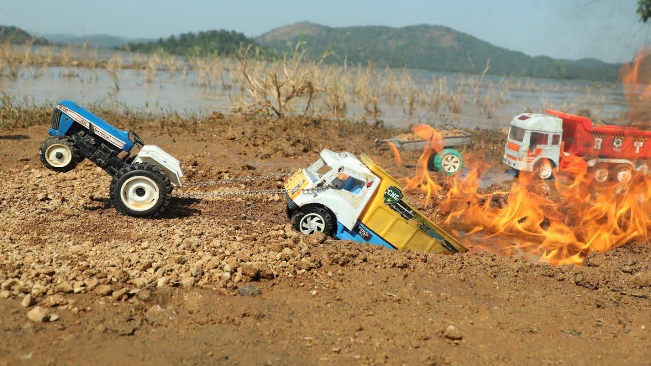 Tata Ace Truck Accident? Fire 🔥 Pit Pulling Out Mini Tractor | Hyva Truck | Jcb ki khudai | CS Toy