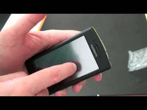 Unboxing the Garmin nüvifone G60