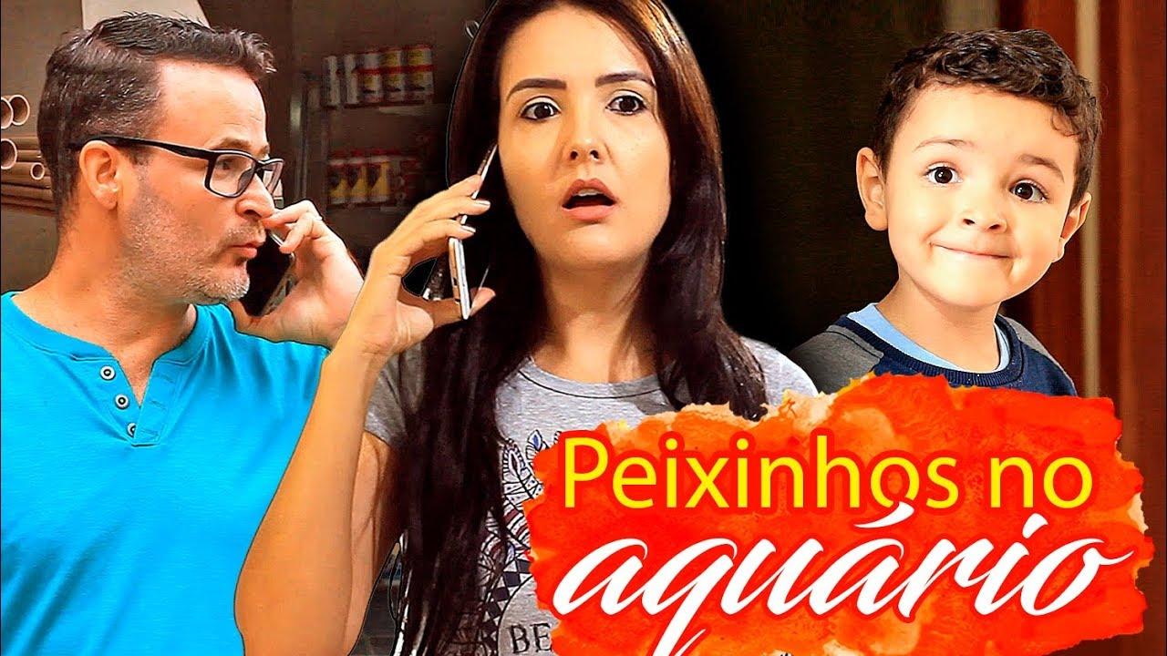 PEIXINHOS NO AQUÁRIO