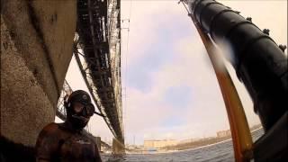 Подводная охота на хариуса и налима Енисей г. Красноярск 2014(Подводная охота в черте города Красноярска на хариуса и налима зимой 2014 года. #ПодводнаяОхота #ПодводнаяОхо..., 2015-01-20T14:45:40.000Z)