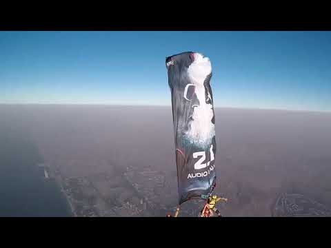 2.0 promotions in Dubai : SkyDiving : Ever happend At Burj Khalia, RajiniKanth : AkshayKumar.