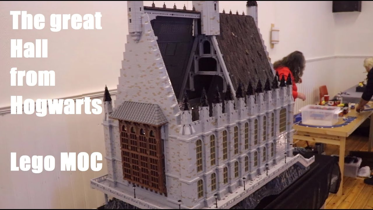 Download The Great Hall from Hogwarts - 1,4m high Lego MOC