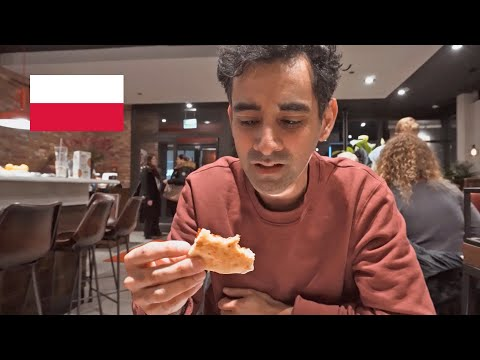 What is Pizza Hut like in Poland? Fast food in Warsaw