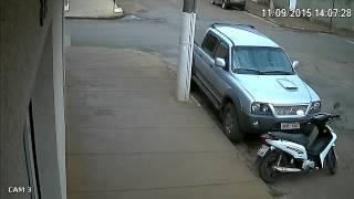 Patos Hoje- Acidente com carro novinho em Patos de Minas