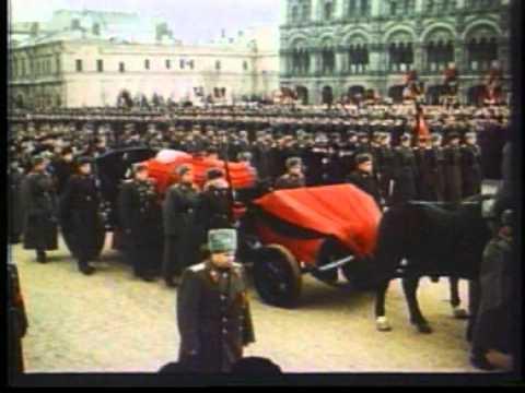 Похороны сталина видео как уронили гроб