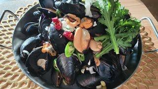 홍합탕   Mussel…