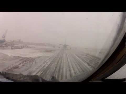 Cockpit View Taxiing Behind a Boeing 747 in Snow