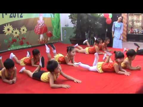 Nhảy Aerobic - Khai giảng trường MN Tuổi Thơ 2011-2012