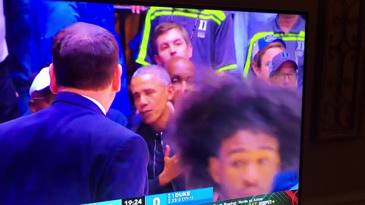 """82d53ed60cd President Obama in Zion Williamson s shoe blowout """"his shoe broke ..."""
