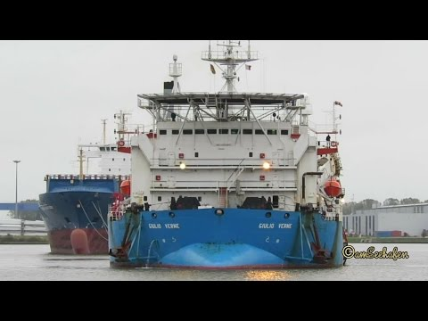Giulio Verne  IBPU IMO 8302014  Emden Germany Cable Layer Kabelleger shifting in inner Port