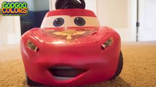 LIGHTNING MCQUEEN PLAY HIDE N SEEK!  LEARN TO COUNT TO 5 WITH GOO GOO GAGA