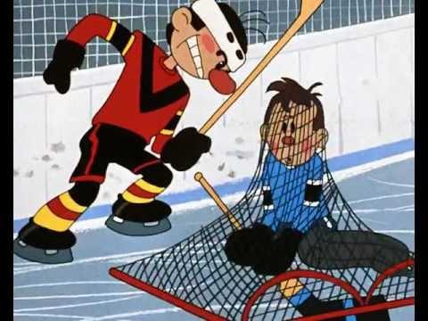 Советский мультфильм про хоккей и футбол