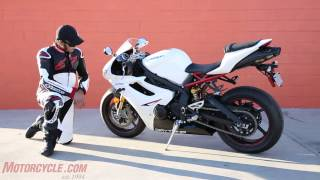 Oddball Middleweight Sportbike Shootout thumbnail