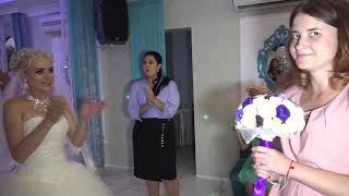 Предложение руки и сердца - на свадьбе