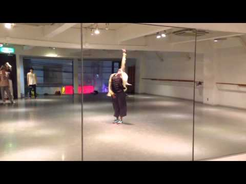 Free Download Holly Hyman's Jazz Funk Class- Lost Queen By Pharrell Mp3 dan Mp4
