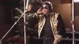 "Michael Jackson ""We Are The World"" alone in studio.flv"