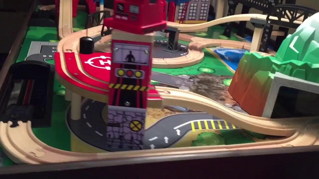 Imaginarium Metro Line Train Table- Christmas Gift & Imaginarium Metro Line Train Table- Christmas Gift - YouTube