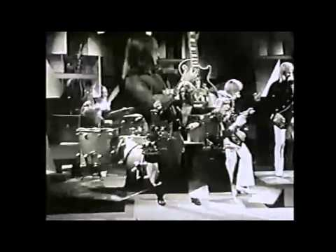 The Masters Apprentices-Turn Up Your Radio (1970)(1987)double take.