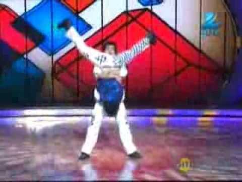 Dance India Dance Season 4 December 14, 2013 - Sumedh & Manan