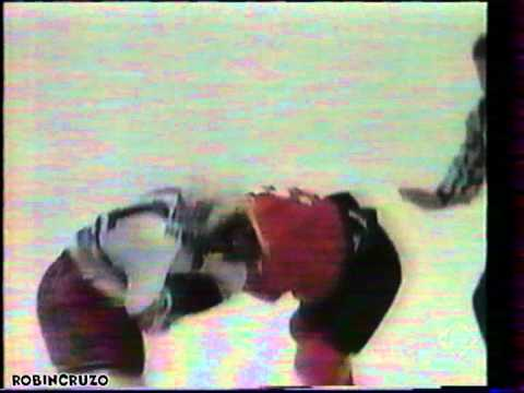 Kevin Haller Vs Mark Messier Mar 15,1995