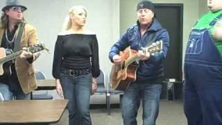 QDR Acoustic Cafe Trailer Choir