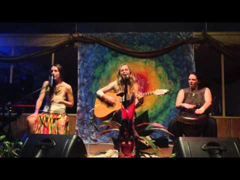 Amber Lilly, Mana Fest, Hawiian Sanctuary, Pahoa, Hawaii