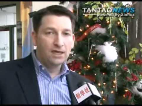 Santa Claus Hosts Christmas Jet Flights For Sick Kids