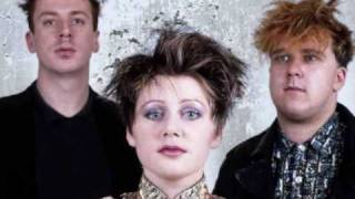 Cocteau Twins - Crushed (Live)