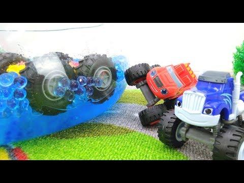 #МАШИНКИ Игры для мальчиков: Чудо Машинки #ВСПЫШ и Крушила! Гонки с иностранцем! Падение в бассейн!