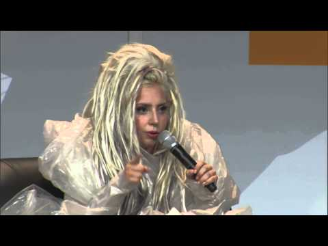 Lady Gaga - SXSW 2014 - Hands Of The Artist