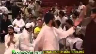 Repeat youtube video Kabul Pa Weeno Sur Sho   Waheed Achakzai   Pashto New Show   Sham Qurban Da Musafaro