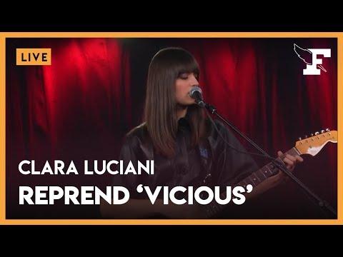 "Clara Luciani - ""Vicious"" (Lou Reed Cover) dans la session Figaro Live Musique"