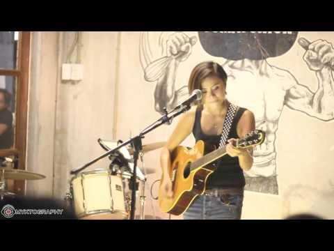Suntok sa Buwan - Hannah Romawac-Olives (acoustic)