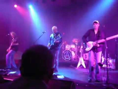 Wishbone Ash - @ the Mick Jagger Centre...1-11 09