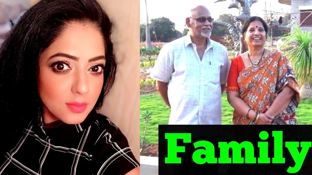 Reshma Pasupuleti Wiki, Age, Boyfriend, Husband, Family