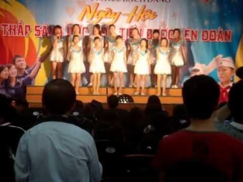 Múa, hát: Chắp cánh ước mơ