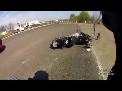 Yamaha XV125 Virago crash