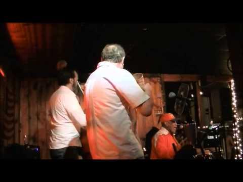 Cuarto de Tula   SitaraSon at Joes Great American Bar and Grill 6 11 15
