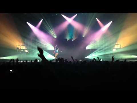 Deadmau5 ft Sofi  Sofi Needs A Ladder  One Trick Pony @ Pinkpop 2011