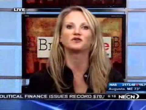 Mel Robbins hosts the Weekly News IQ Quiz with Max...