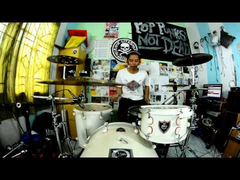 Thomas Juliarmy - Blink 182 - Give Me One Good Reason (Drum Cover)