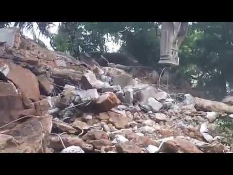 Ganmar Building Demolition Contractors in Chennai India using hydraulic poclain breaker-9841009229